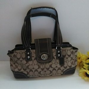 Coach bag  color brown
